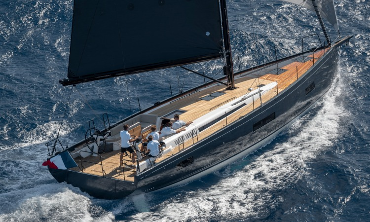 Beneteau First Yacht 53 23 under sail