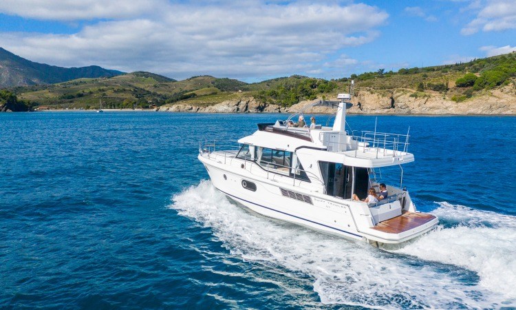 Beneteau Swift Trawler 41 18