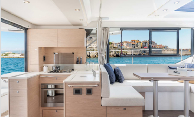 Beneteau Swift Trawler 41 Interior3