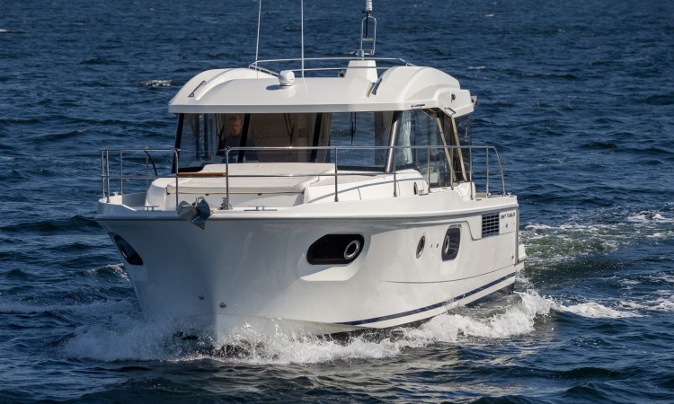 Beneteau Swift Trawler 41 Sedan 12
