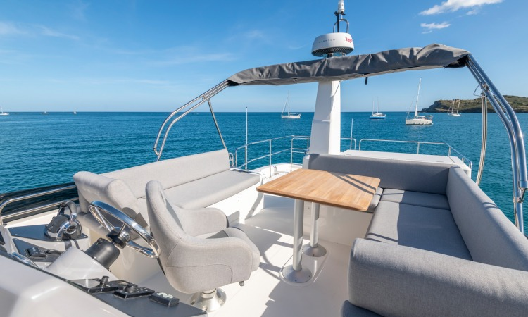 Beneteau Swift Trawler 41 flybridge2