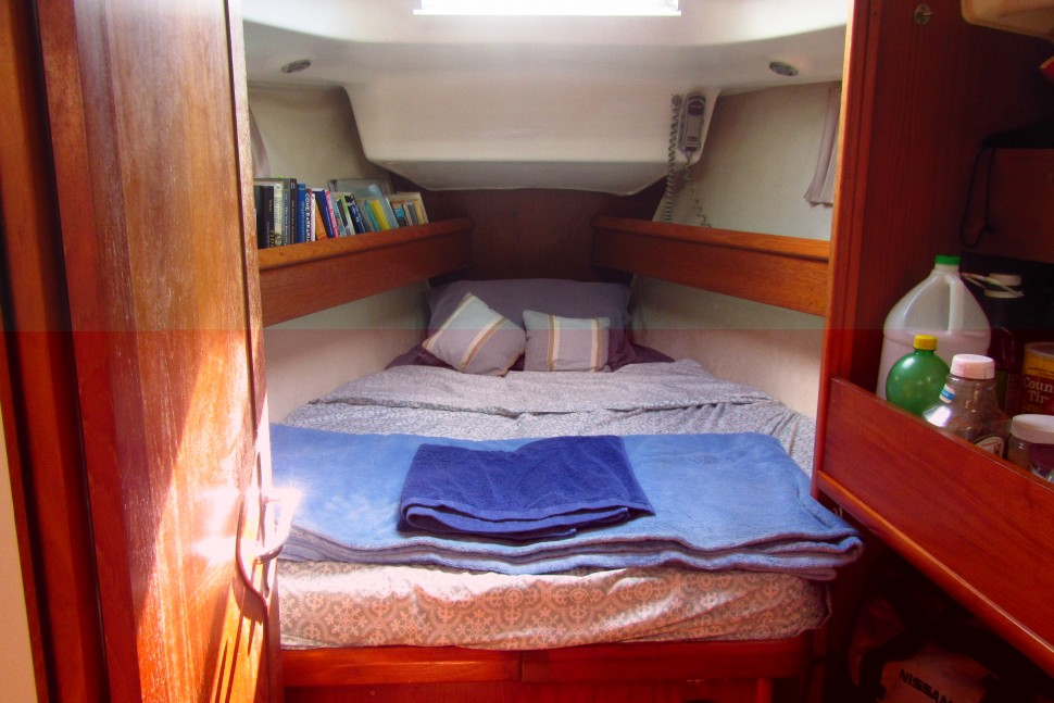 7. Forward cabin and bunkbed shelves