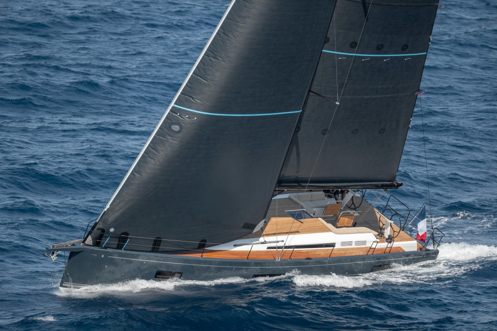 Beneteau First Yacht 53 28 head sail
