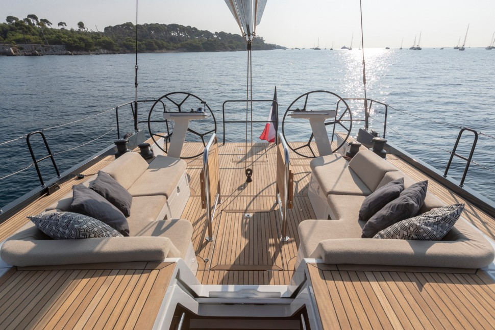 Beneteau First Yacht 53 cockpit2