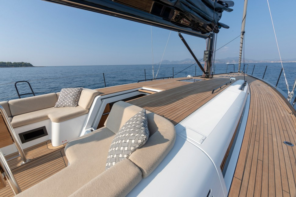 Beneteau First Yacht cockpit lounge