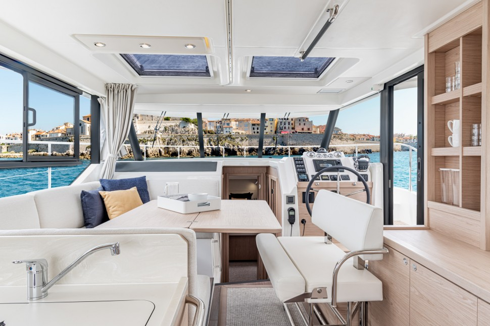 Beneteau Swift Trawler 41 Interior 2