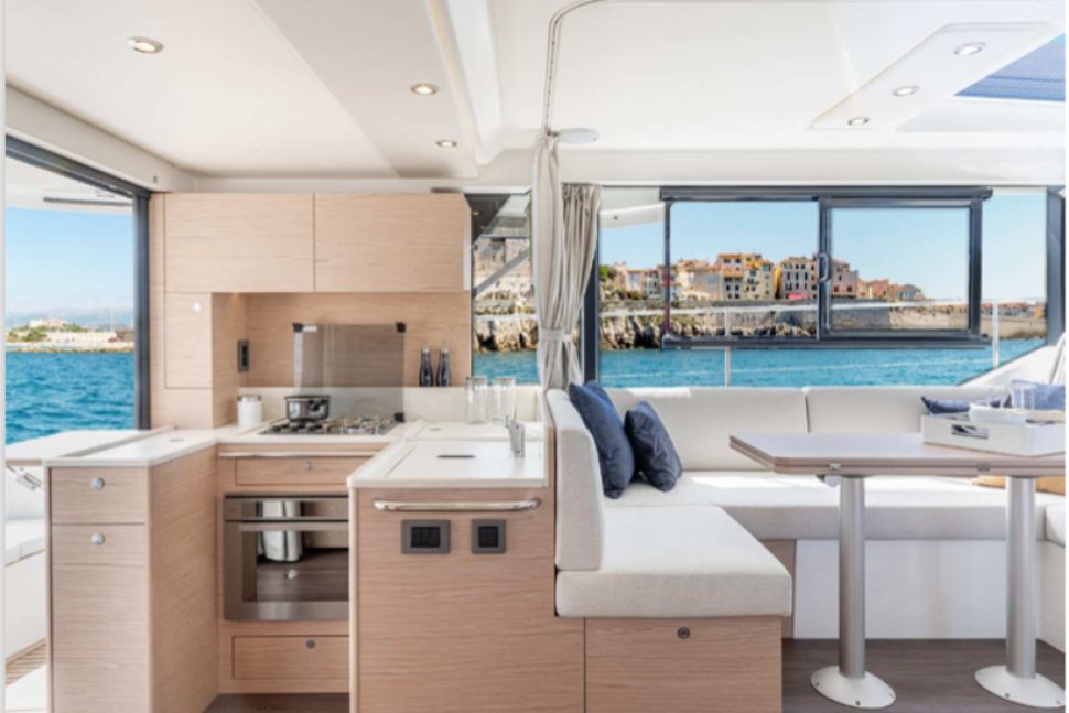 Beneteau Swift Trawler 41 Interior2