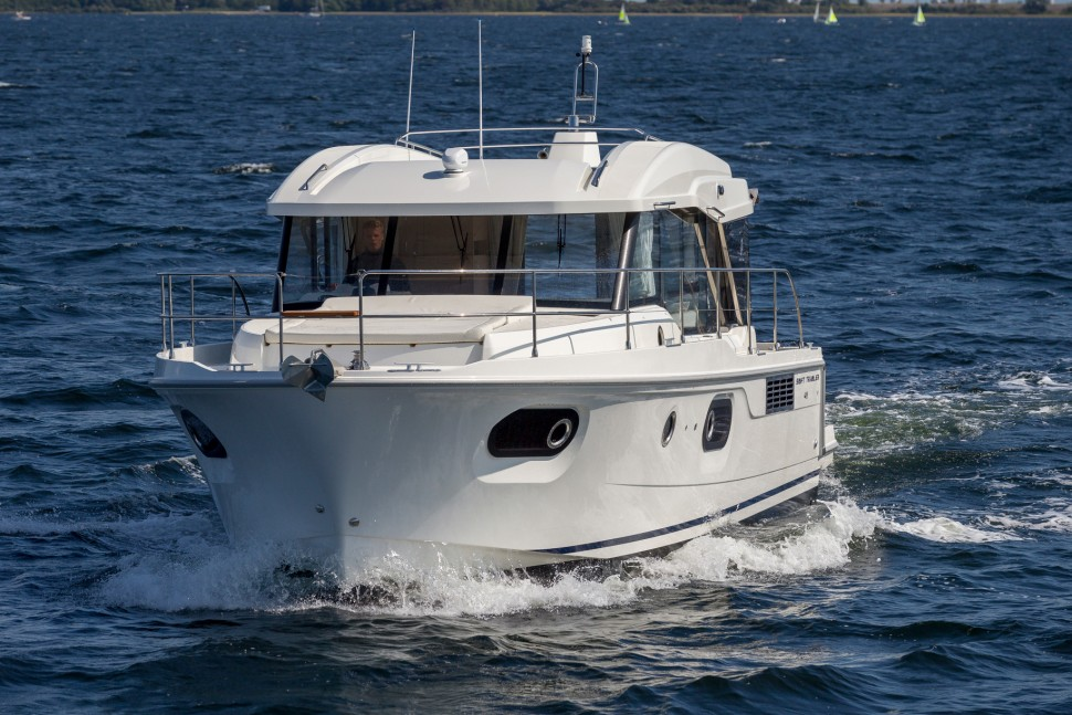 Beneteau Swift Trawler 41 Sedan 3