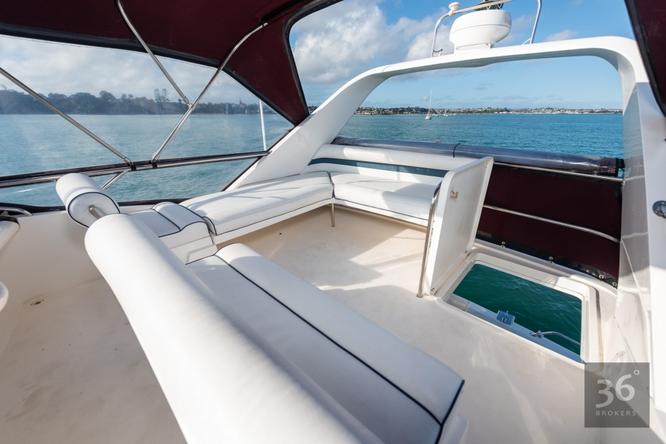 Fairline Phantom 38 11