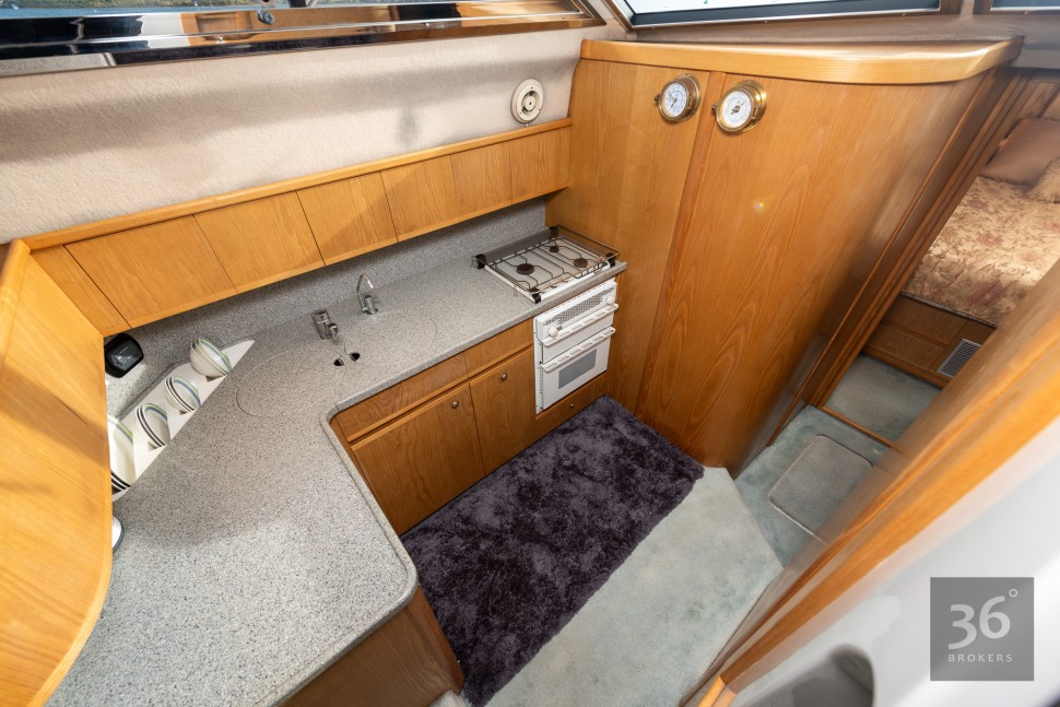 Fairline Phantom 38 16
