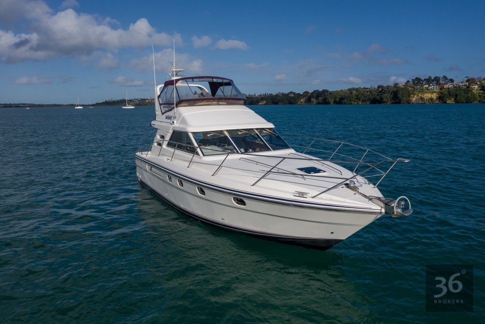 Fairline Phantom 38 4